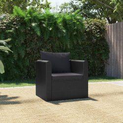 fekete polyrattan egyszemélyes kanapé párnákkal